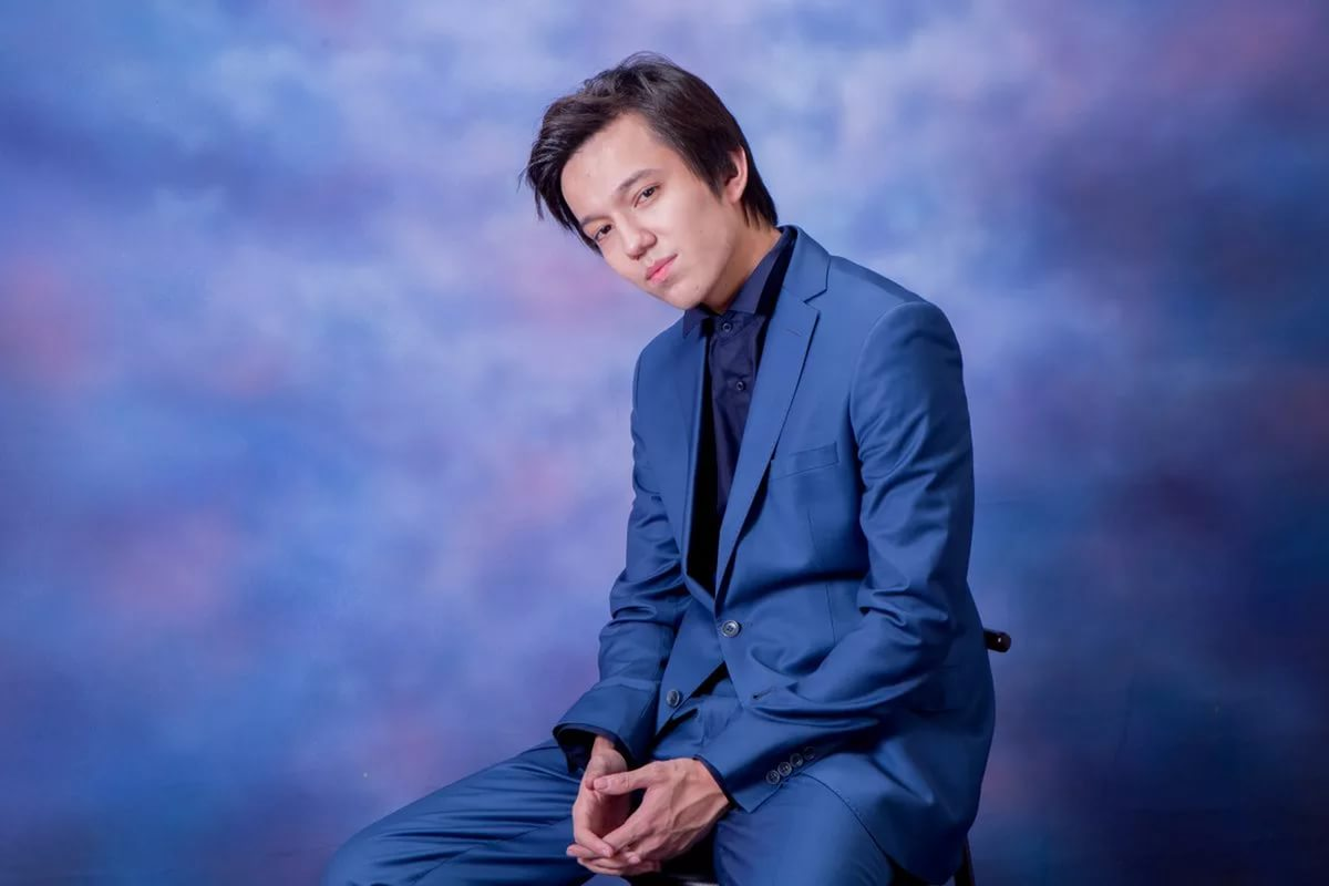 Dimash Kudaibergenov an enchanting singer – Embrace yourself
